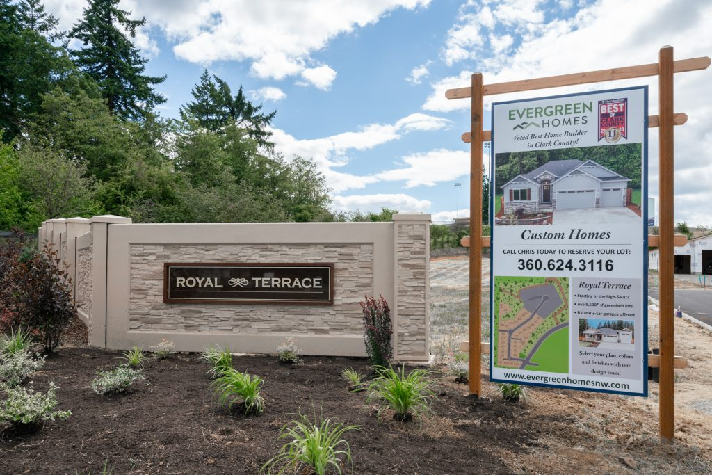 Royal Terrace neighborhood sign